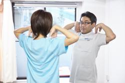 日常生活における姿勢、動作の矯正、調節の指導